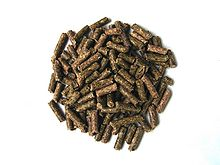 Alimentation du Lapin dans LAPIN - LIEVRE 220px-pellets_for_rabbits
