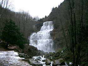 Cascade du Hérisson dans HERISSON 280px-cascade_du_herisson_jura_-_leventail