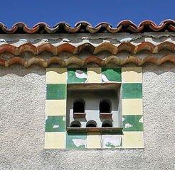 Pigeonnier ou colombier dans PIGEON - COLOMBE mons_pigeon_esclapon