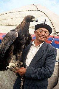 220px-KyrgyzEagleHuntsman